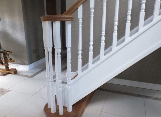 white spindles, curtail step, volute handrail